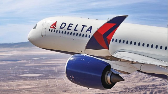 Delta pilots accept lower wages to avoid furlough