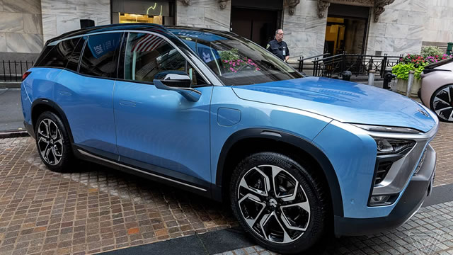 Should you buy NIO ahead of its earnings report?