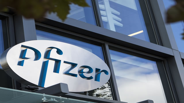 Pfizer Inc. (PFE) shares hit new 52-week high after positive results of Covid-19 vaccine