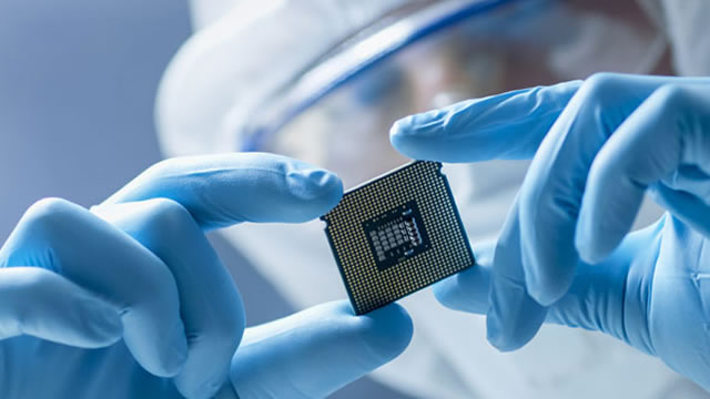 2 Stocks that can survive the chip shortage