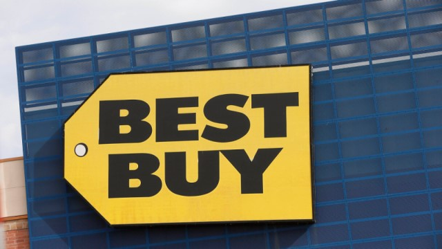 Pandemic drives online revenue of Best Buy Co. to new highs in the third quarter